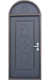 Арочная фрамуга на двери