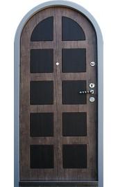 металлическая арка на двери